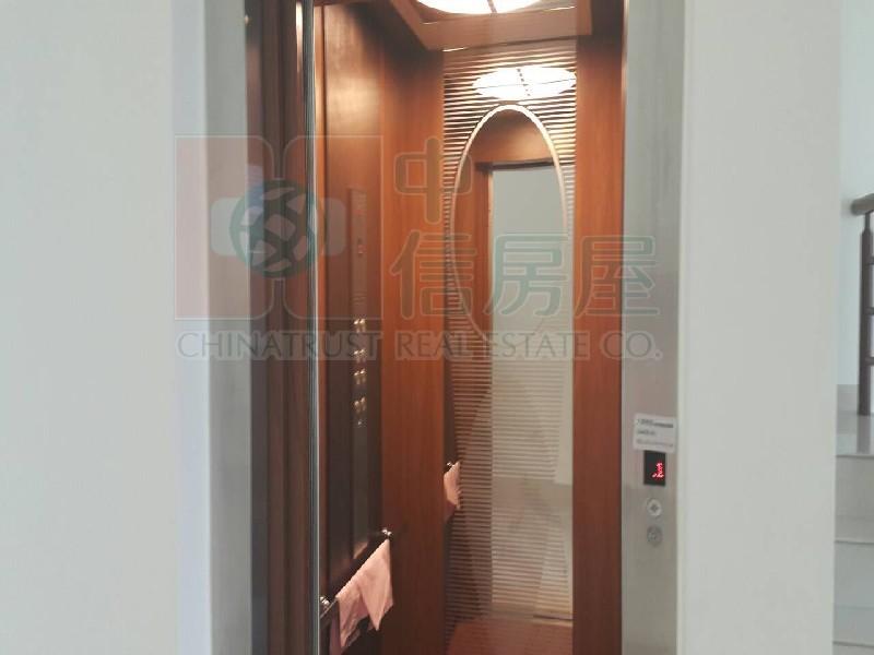 買屋賣屋租屋中信房屋-文化中心預售電梯別墅