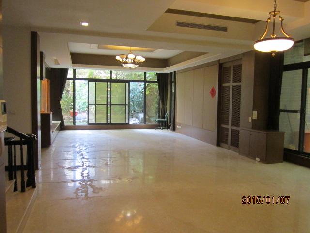 買屋賣屋租屋中信房屋-[澄400-13]天闊 電梯別墅