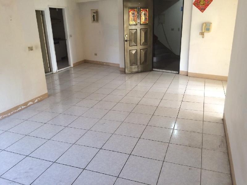 買屋賣屋租屋中信房屋-[首璽團隊]育達電梯3房