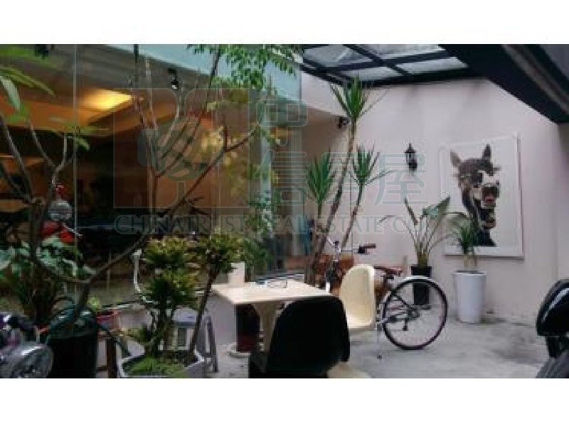 買屋賣屋租屋中信房屋-民生西華庭院1樓