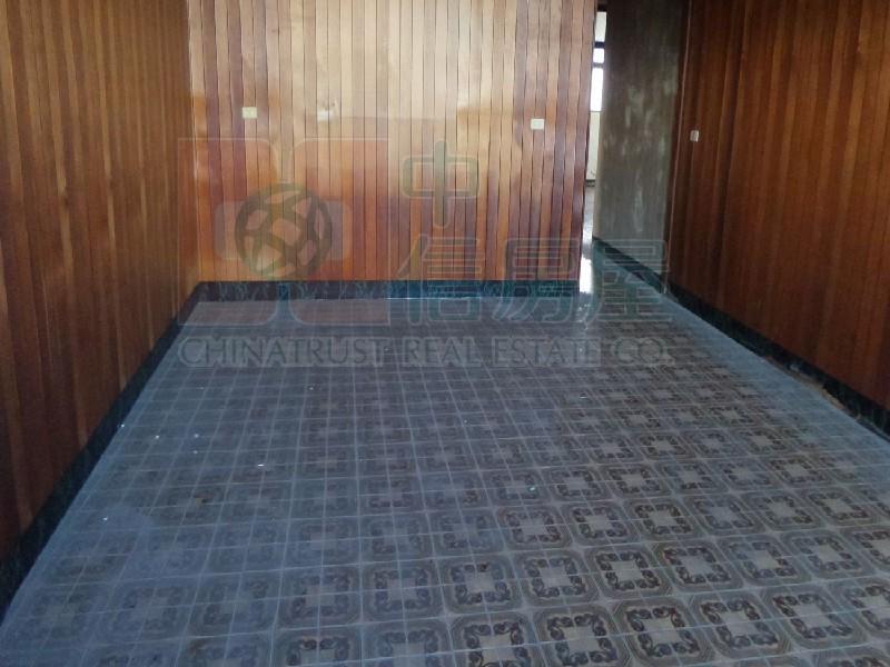 買屋賣屋租屋中信房屋-H231交流道旁鋼構大廠