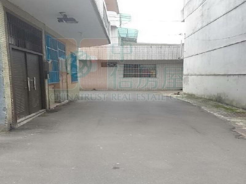 買屋賣屋租屋中信房屋-746溪崑二街透天豪宅