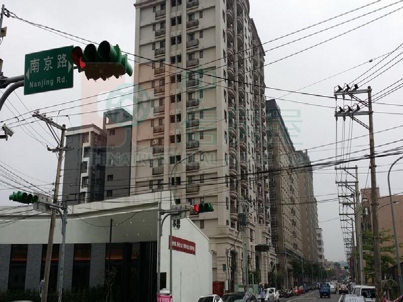 買屋賣屋租屋中信房屋-上海路透天7-11旁屋主急售