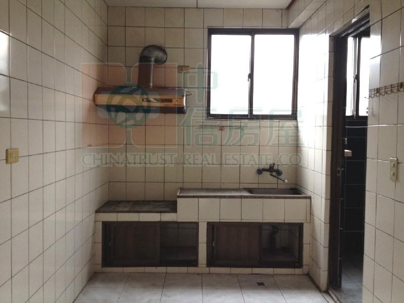買屋賣屋租屋中信房屋-526-八德優質美屋