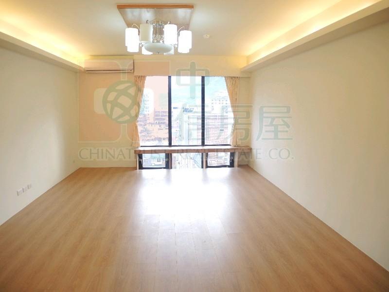 買屋賣屋租屋中信房屋-來來香榭奢華樓中樓