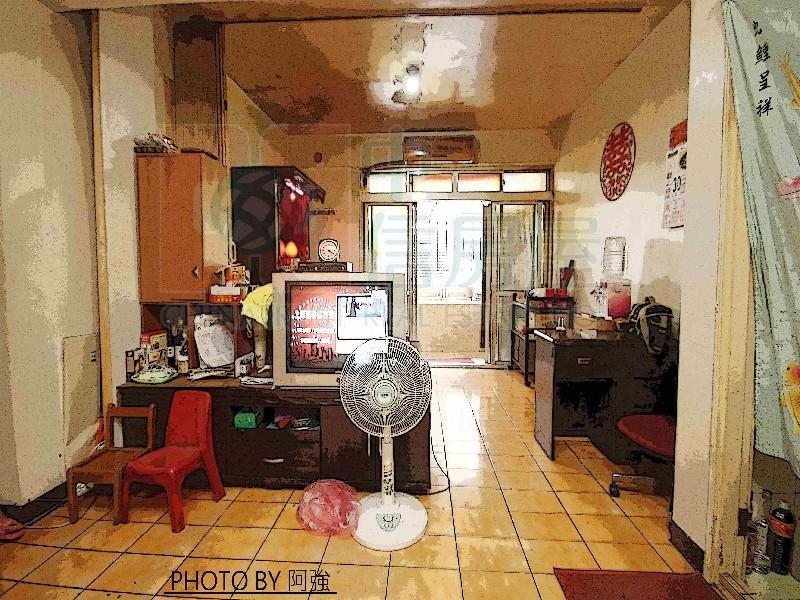 買屋賣屋租屋中信房屋-玫瑰低總美二樓