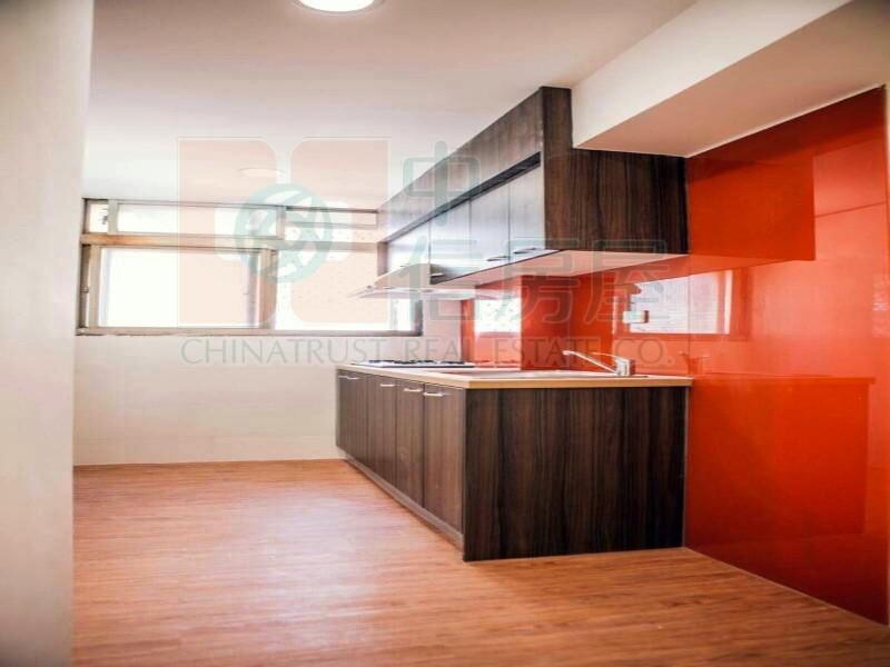 買屋賣屋租屋中信房屋-五期超值捷運美寓