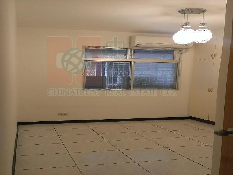 買屋賣屋租屋中信房屋-介壽學區國泰3樓