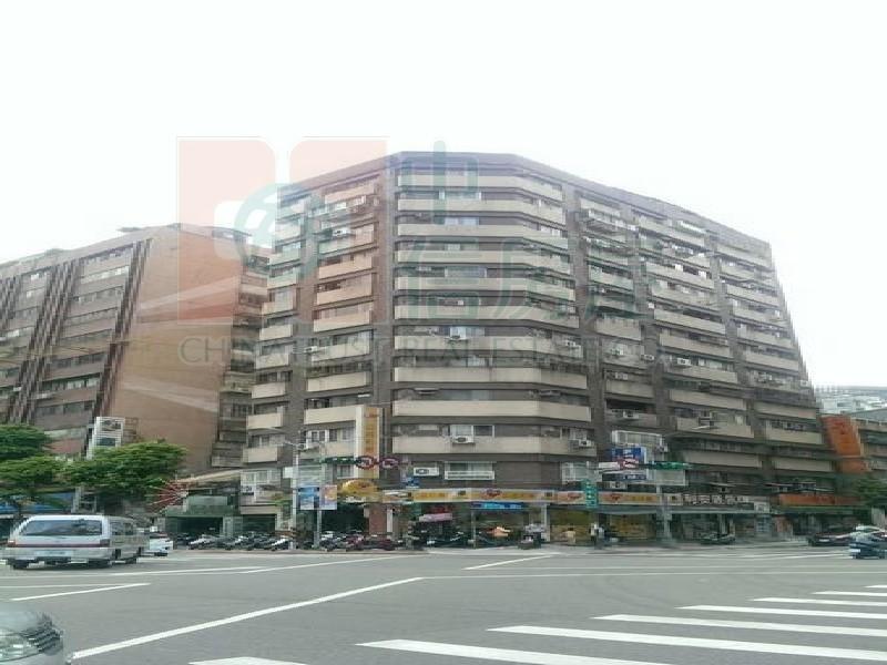 買屋賣屋租屋中信房屋-來福高樓美三房