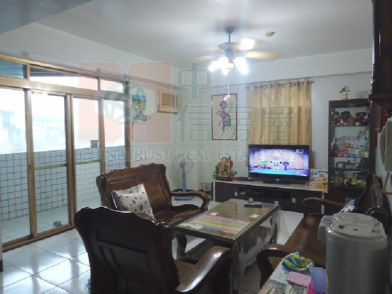 買屋賣屋租屋中信房屋-519-雙鳳華廈3房車
