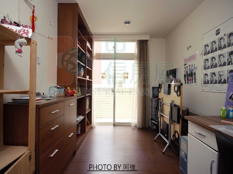 買屋賣屋租屋中信房屋-綠二精裝美屋