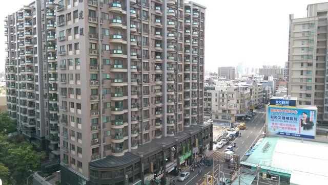 電梯住宅-英明景觀漂亮4房-高雄市苓雅區英祥街