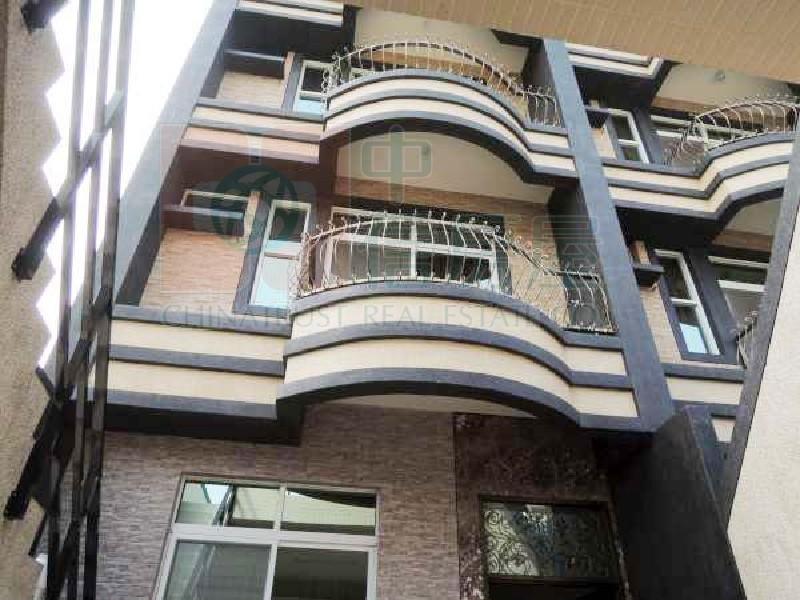 買屋賣屋租屋中信房屋-大坪頂電梯雙併美墅