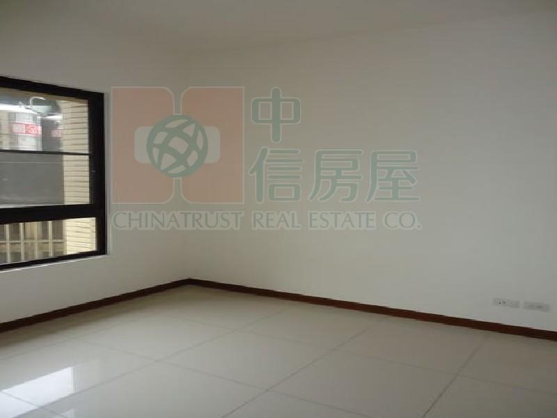 買屋賣屋租屋中信房屋-4298海山學區文筵四房A2-4