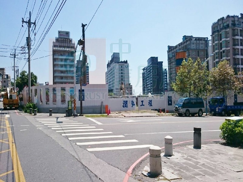 買屋賣屋租屋中信房屋-湯圍溝旁四房公寓