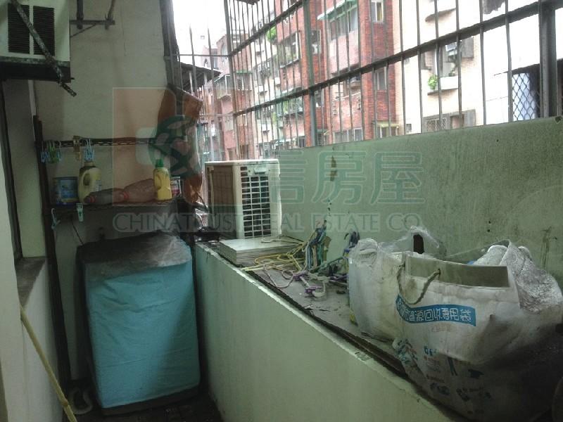 買屋賣屋租屋中信房屋-國光美寓邊間三房
