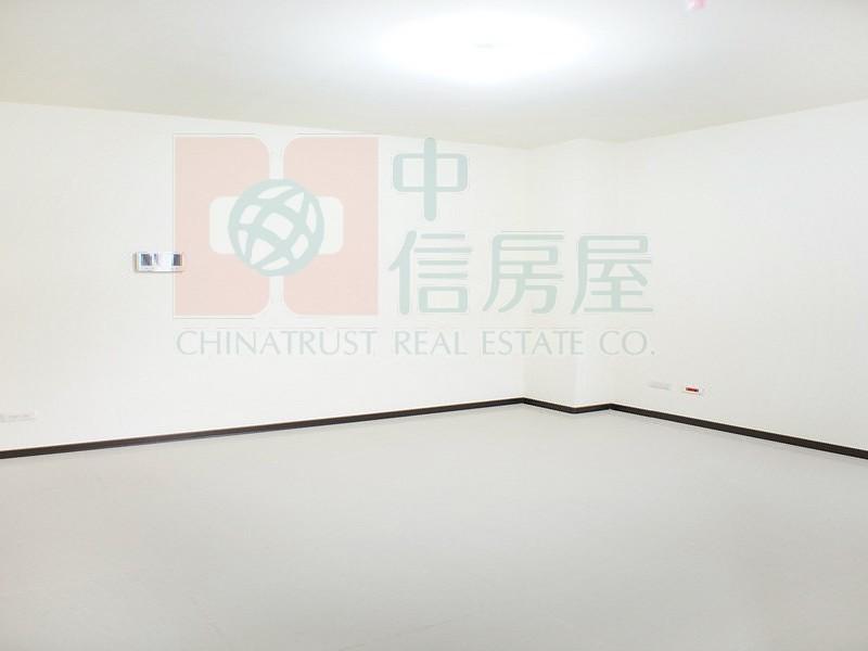 買屋賣屋租屋中信房屋-南京富心雙捷運美廈