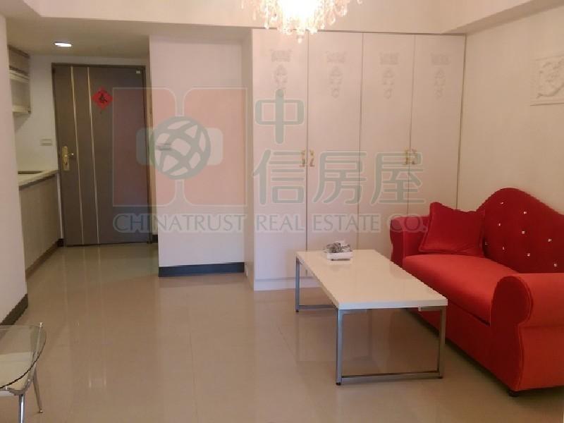 買屋賣屋租屋中信房屋-華中捷運1房1廳+車位