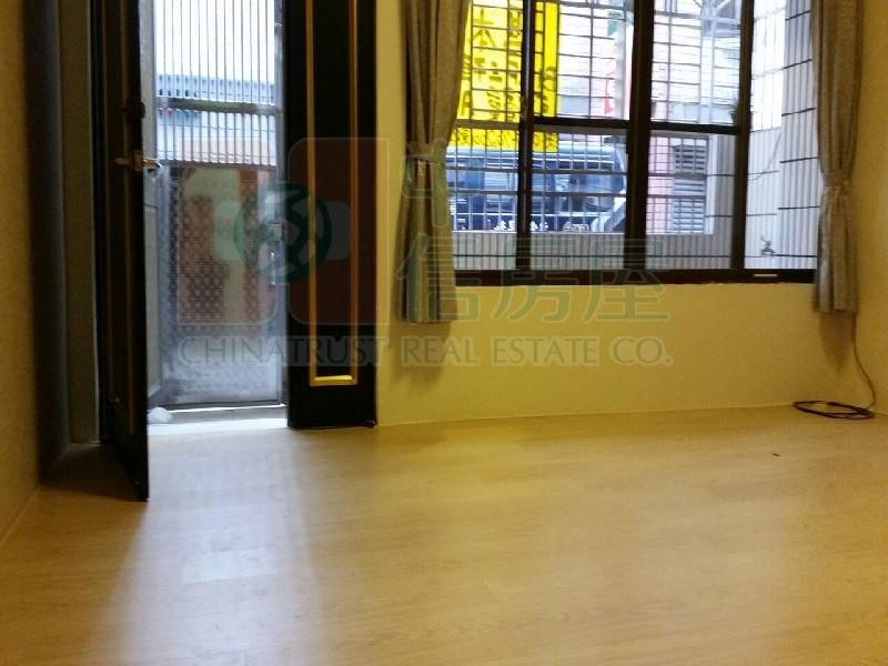 買屋賣屋租屋中信房屋-經貿園區美公寓3F
