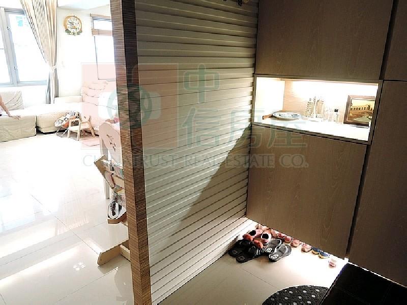 買屋賣屋租屋中信房屋-芬蘭高樓採光美屋