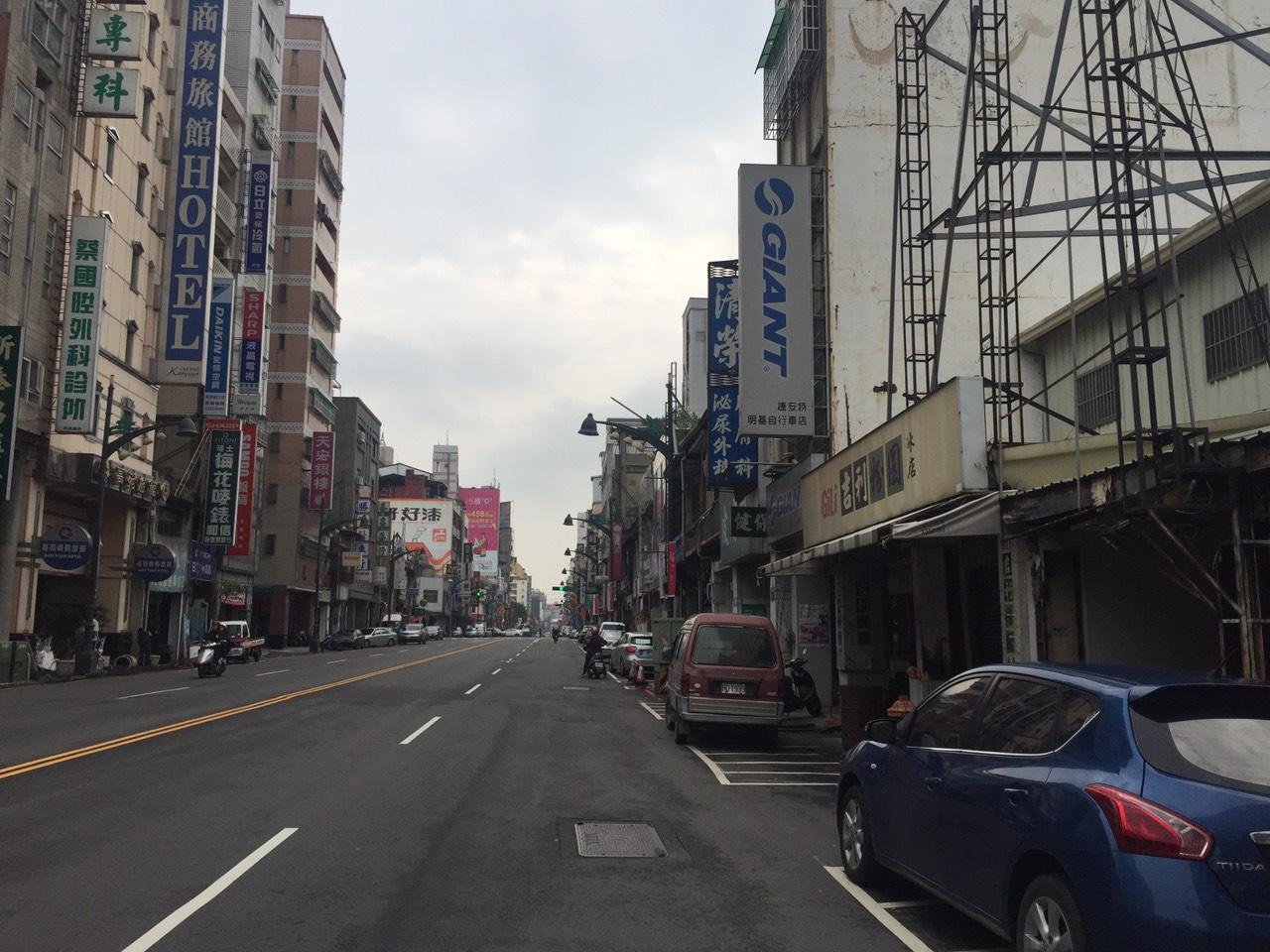 買屋賣屋租屋中信房屋-台灣大道雙透店