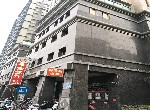 買屋賣屋租屋中信房屋-華爾街財經商辦大樓