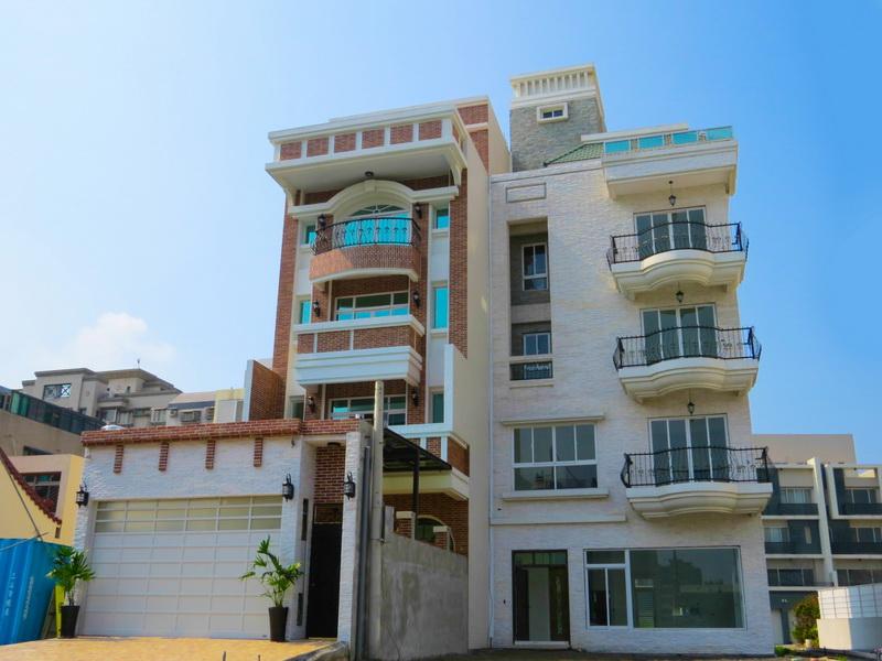 買屋賣屋租屋中信房屋-安平海洋巴洛克行館