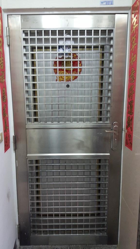 電梯住宅-高工旁大三房平車美屋-臺中市南區工學一街