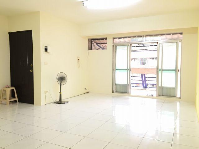 買屋賣屋租屋中信房屋-夢時代小資成家美寓
