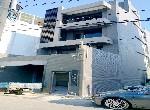 買屋賣屋租屋中信房屋-(永創團隊)SOGO全新大面寬電梯別墅