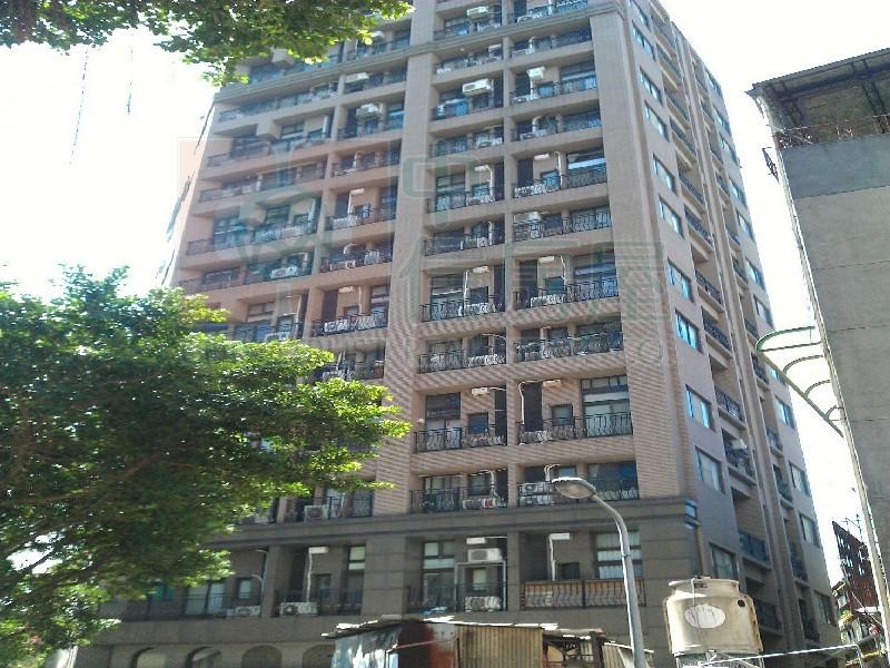 買屋賣屋租屋中信房屋-小凱悅發樓高樓