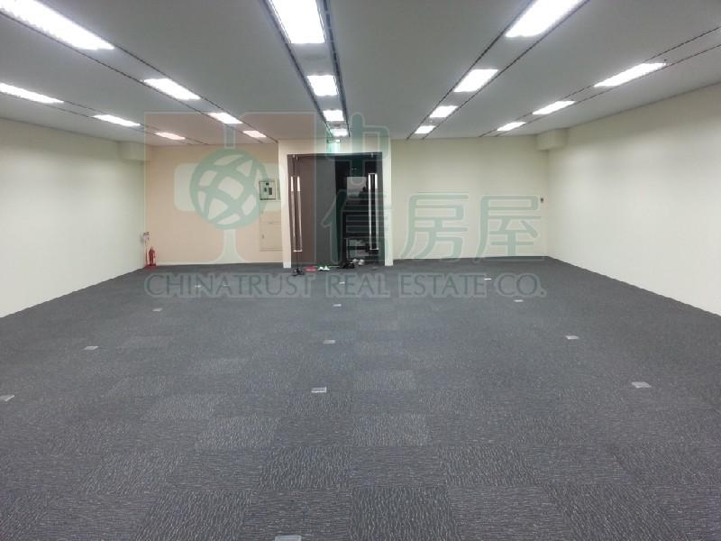 買屋賣屋租屋中信房屋-BHW 13F全新  裝潢五星商辦