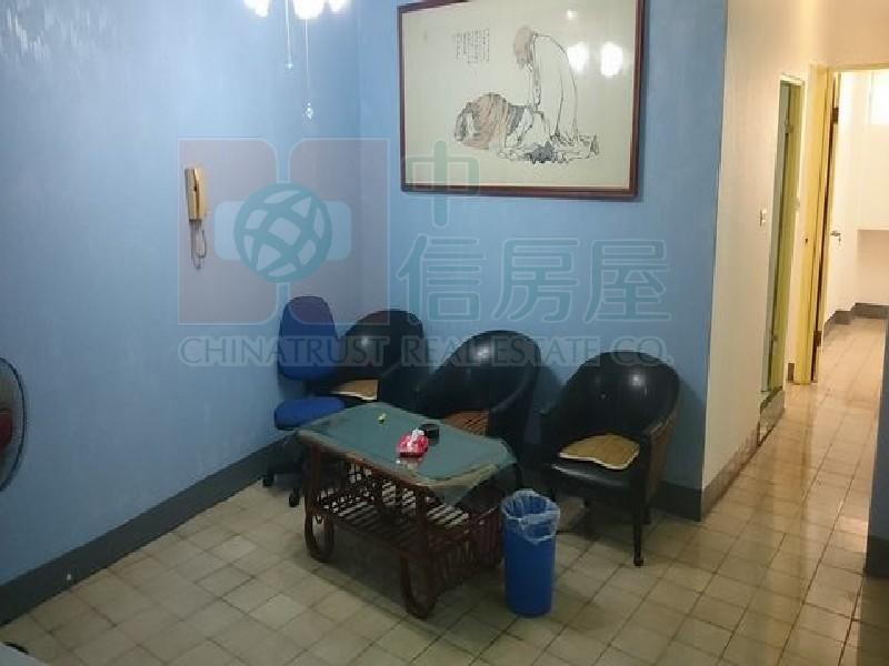 買屋賣屋租屋中信房屋-瑞豐輕軌公寓四樓