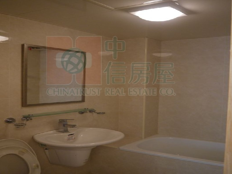 買屋賣屋租屋中信房屋-竹城鶴岡高樓層三房車