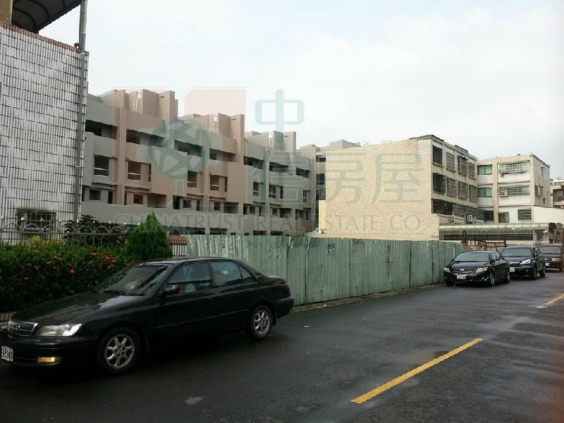 買屋賣屋租屋中信房屋-仁武巿區方正建地