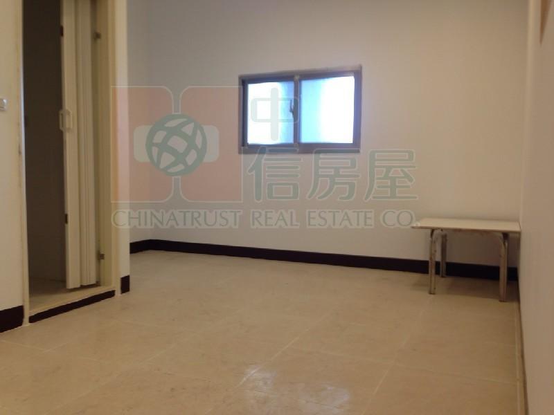 買屋賣屋租屋中信房屋-1040瓊泰(頂樓違建)(I)
