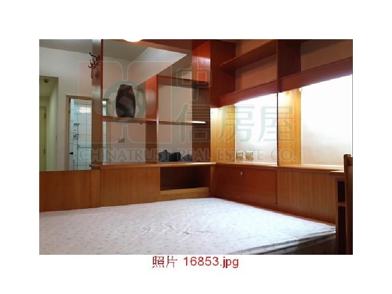 買屋賣屋租屋中信房屋-電梯1房1廳