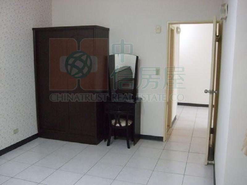 買屋賣屋租屋中信房屋-B507黃金拍檔二房
