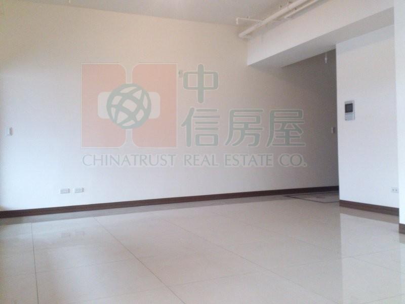 買屋賣屋租屋中信房屋-T46.冠德鼎峰