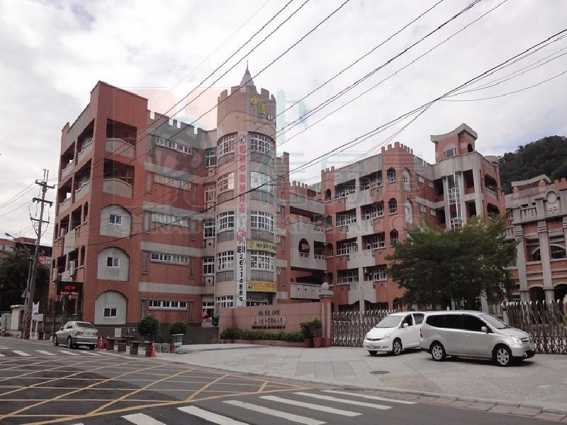買屋賣屋租屋中信房屋-D-36弘道透天