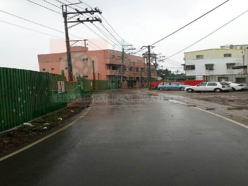 買屋賣屋租屋中信房屋-平南國中工業用地