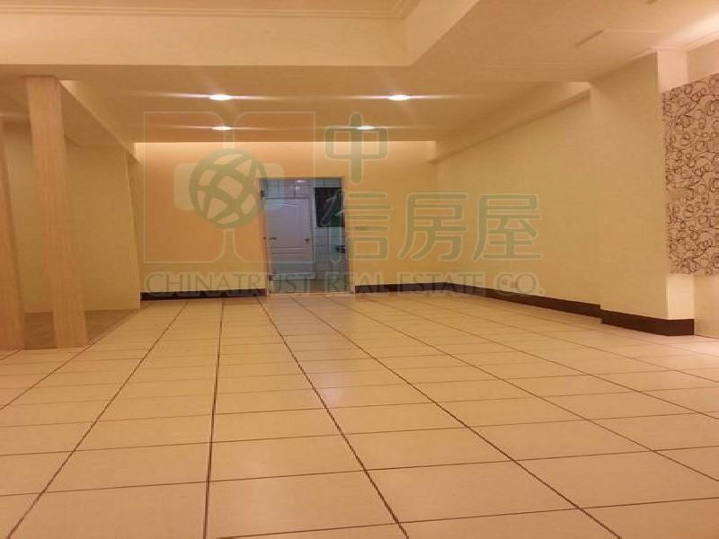 買屋賣屋租屋中信房屋-文化國小3+1房+平面車位